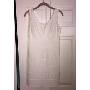 Dresses & Skirts - White Semi-Formal Dress- Size 7